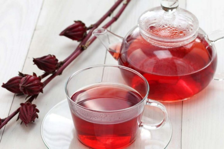 گیاه چای ترش یکی از بهترین ها برای چربی سوزی و لاغری محسوب می شود